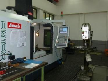 Heinz Edelstahl's machines are not the latest models, but it does not stop them from processing difficult materials.