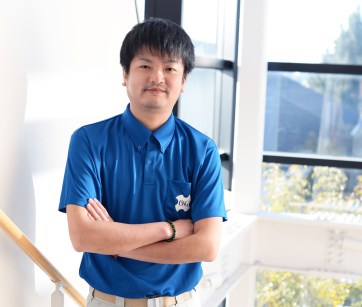 Ikuo Takikawa, OSG Corporation Applications Engineer from the end mill development division, is in charge of the development of the AE-VMS anti-vibration carbide end mill.