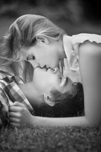 mobile_kiss01