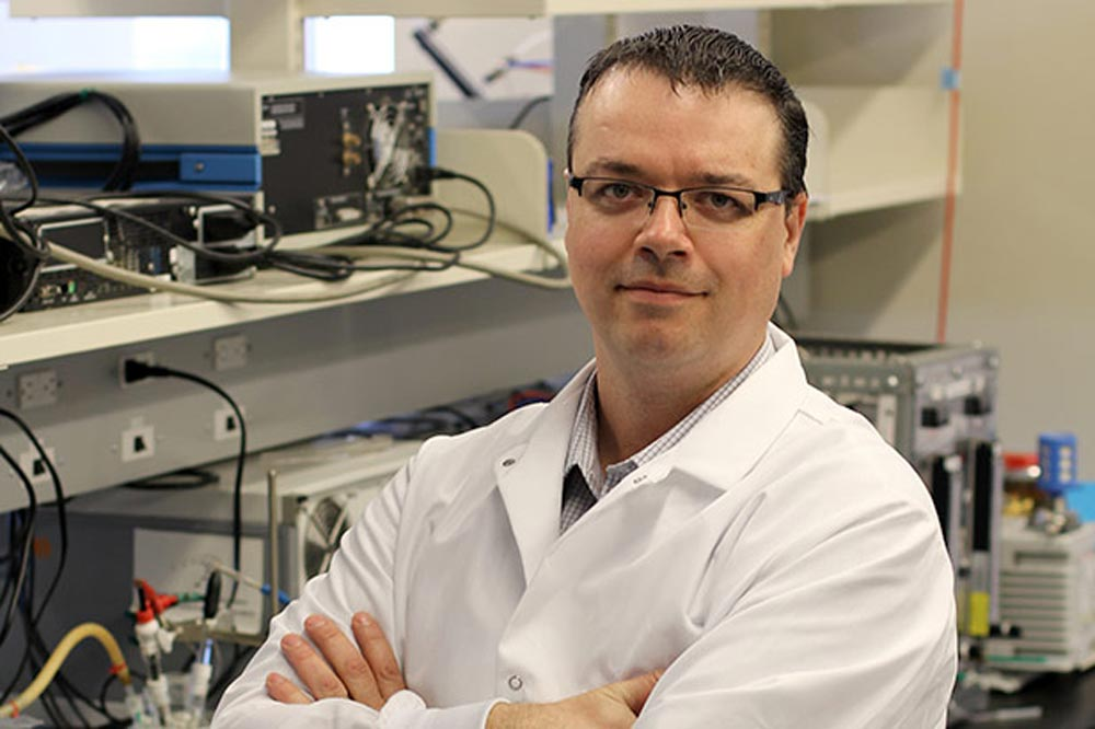 A team led by UOIT's Brad Easton is looking into ways to make roadside breathalyzers more durable and reliable. Recently, a Brampton judge noted in a ruling that many of the devices in Ontario have no way to account for the uncertainty of their measurements, making them unreliable.