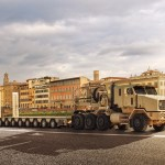 Us Army Selects Oshkosh Defense To Produce Semitrailer For The Heavy Equipment Transporter Het Oshkosh Defense