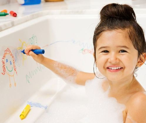 목욕 놀이에 사용하는 크레용.