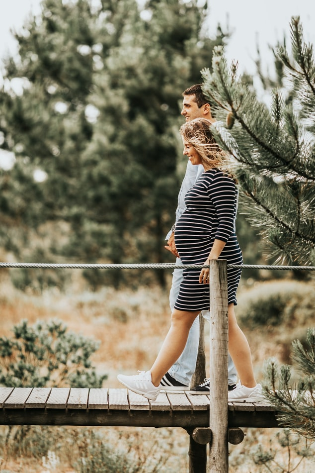 걷기 운동은 혈류 흐름을 원활하게 하여 태아에게 영양분 및 산소를 공급할 수 있습니다.