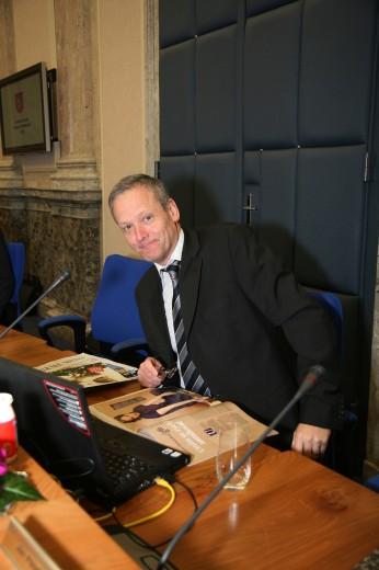 Český Obama MacBook nepoužívá (foto www.cyrilsvoboda.cz).