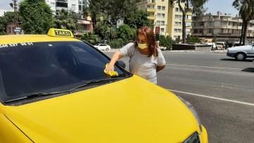 İzlediği diziden etkilenen kadın, taksi şoförü oldu