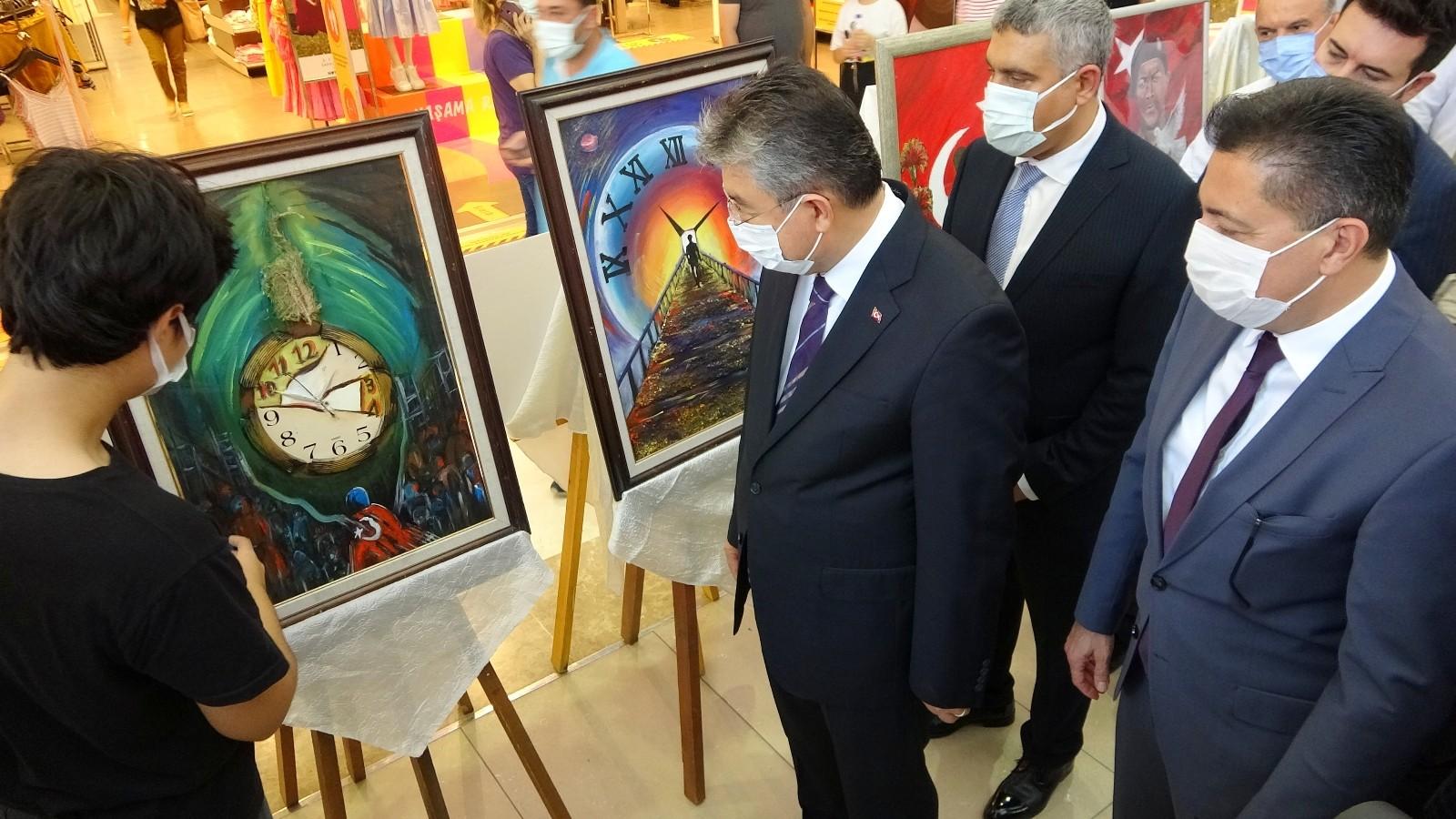 """Osmaniye'de """"15 Temmuz"""" resim sergisi açıldı"""