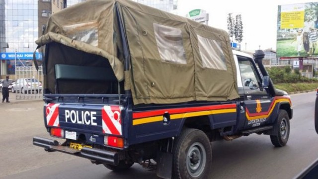 Police Allegedly kills 30 year old man for not wearing Mask