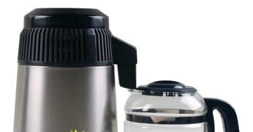 Durch Wasseraufbereitung reines Trinkwasser erhalten