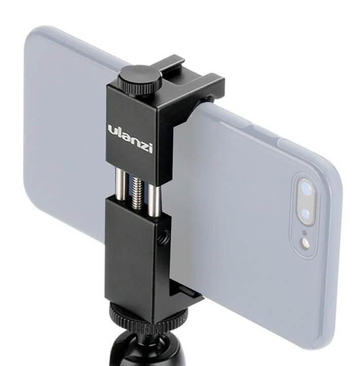 كيفية توصيل عصا selfie إلى الهاتف