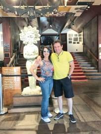 """O belíssimo casal Adilmo, empresário e proprietário da Ab Informática, e sua esposa Nere Buzatto, durante um festival de cinema """"Prêmio Kikito"""", em Gramado, Rio Grande do Sul"""