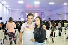 O empresário e proprietário da Skala Tecidos, Célio, acompanhado de sua esposa Iris Franco, no circuito empresarial em Teixeira de Freitas