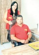 Os proprietários da Cesta Boa de Teixeira de Freitas, os empresários Leyla Lacerda e Marcos Alves