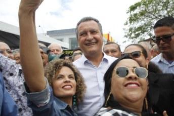Governador em visita a Medeiros Neto. Foto: Arquivo/OSollo