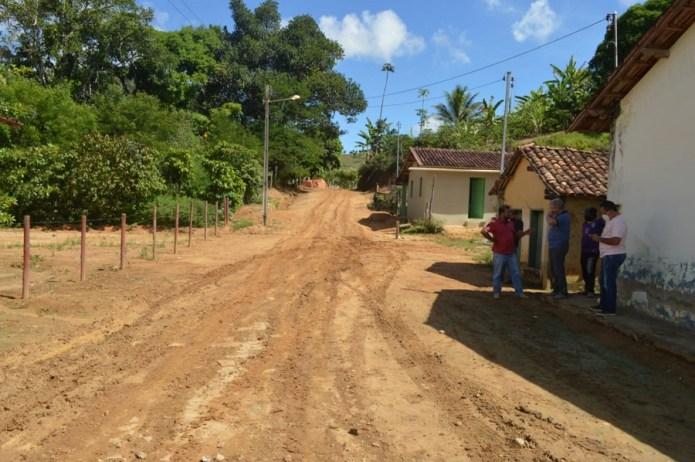 Mildson Medeiros anuncia mais de três mil metros quadrados de calçamento para Curvelo da Conceição