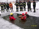 Ćwiczenia na lodzie (8)