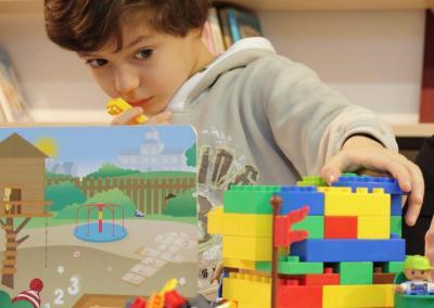 Zajęcia grupowe LEGO dla dzieci z autyzmem