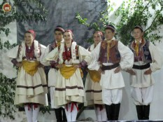 15-medunarodna-smotra-izvornog-folklora-stara-je-skrinja-otvorena-113