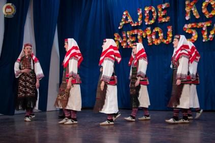 cjelovecernji-folklorni-koncert-odraslih-skupina-75