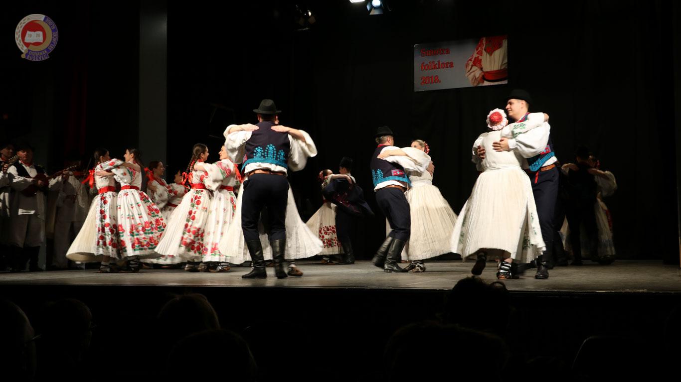 Smotra koreografiranog i izvornog folklora 2018-17