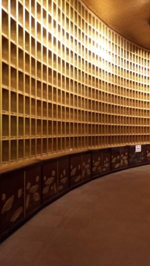 牛久大仏金色の部屋