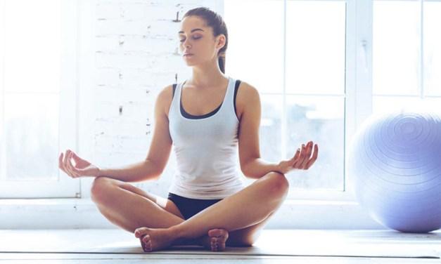 Ejercicio holístico: Las virtudes del Yoga