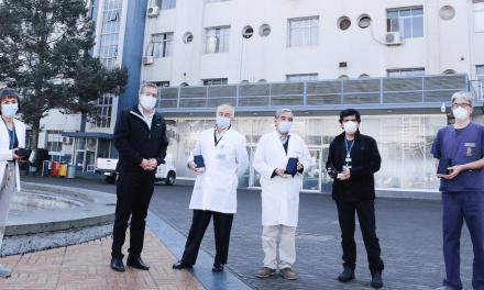 150 smartphones se distribuirán en hospitales del país para apoyar a pacientes Covid19