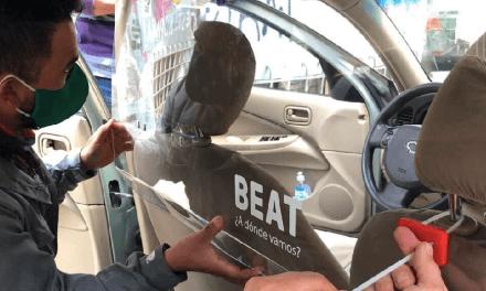 Comisión al 1% y entrega de acrílicos para taxistas son algunas de las medidas de Beat en el retroceso a Fase 2 de Santiago