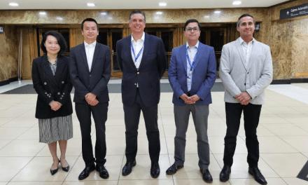 Huawei y BancoEstado firman acuerdo para entregar beneficios exclusivos a sus usuarios