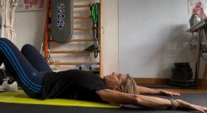 simonetta-alibrandi-osteopata-posturologo-personal-trainer-esercizi-efficaci-spalle-cervicale-cervicalgia-total-body-postural-adjustment
