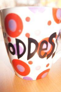 Skal du drikke te til Goddess cheese må det være av Goddess-krus.