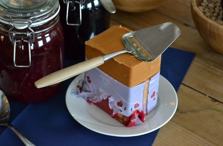 Myseost og ostehøvl