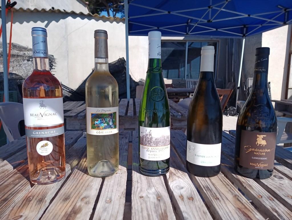 La sélection de vin locaux d'ostréisud: rosé cote de Thau, Muscat sec de Frontignan, Picpoul cuvée anniversaire de Beauvignac, Blanc doux Expression Nature de Beauvignac et Peyre Brune de la Bastide des Songes