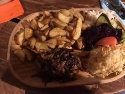 grosse-portion-Kurna-Chata Restaurant in Swinemünde Kurna Chata 🇵🇱 Gastgeber