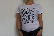 http://ostyl.bandcamp.com/merch/t-shirt-blanc-femme-taille-unique-m