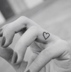タトゥー,入れ墨,刺青,tatoo,温泉,OK,隠す,入浴,入れる,テーピング,理由,北海道,感染症,芸能人,画像,意味