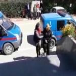 KOZAN'DA DEFİNECİLER SAHTE POLİS VE ARKEOLOG KİMLİĞİ İLE KAZI YAPARKEN YAKALANDILAR.
