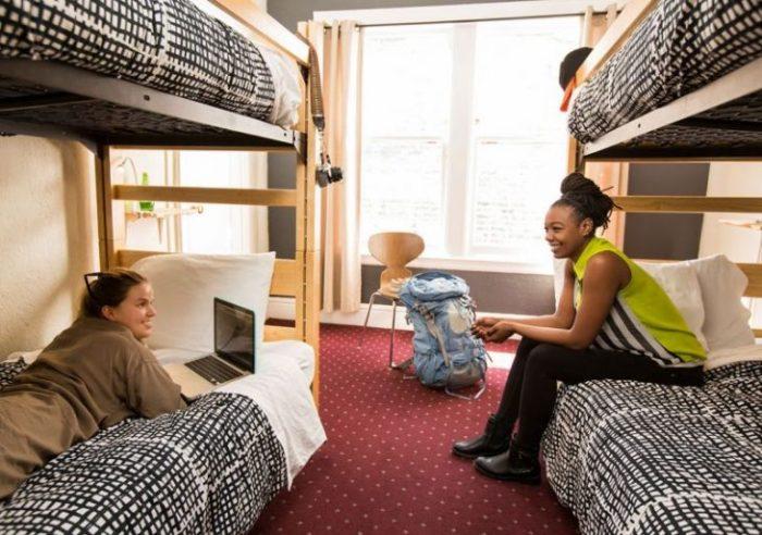 5 плюсов и минусов проживания в хостелах