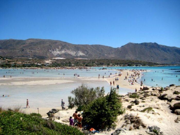 Лучшие пляжи Европы, где можно понежиться на песке