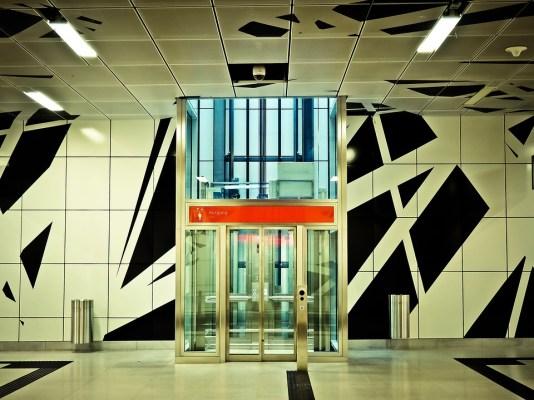 metro-1354665_960_720