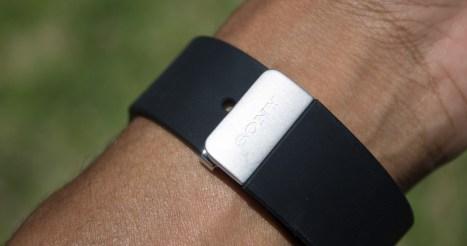Le bracelet est agréable et de qualité ! Normal, c'est du Sony...