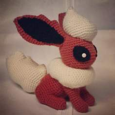 flareon__crochet__by_sirpurlgrey-d7791fm