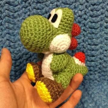 yoshi__crochet__by_sirpurlgrey-d7mqqmx