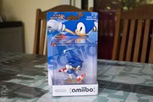 L'Amiibo Sonic en boite