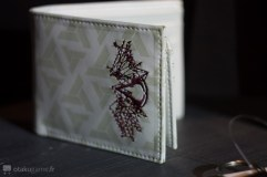 Un portefeuille Assassin's Creed