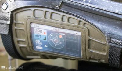 L'écran est factice, contrairement à celui du PipBoy qui reflète l'écran de votre téléphone portable.
