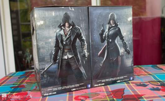 Boite des deux figurines Assassin's Creed Syndicate