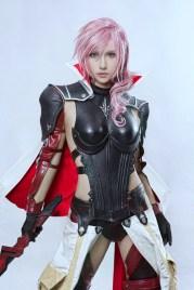Cosplay de Lightning (Final Fatnasy XIII : Lightning Returns)