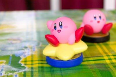 Les 2 Amiibo Kirby disposent d'une finition très appréciable.