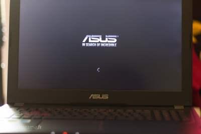 L'écran n'est pas super, mais il fait l'affaire.