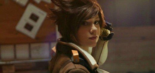 Un très beau cosplay de Tracer :) !